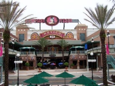 Centro Ybor image. Click for full size.