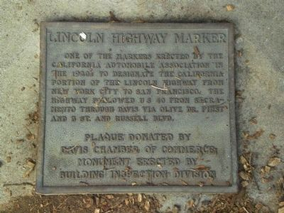 Lincoln Highway Marker Photo, Click for full size