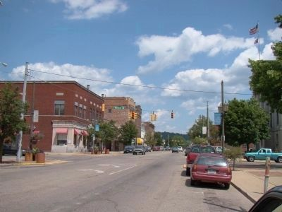 Main Street, Logan, Ohio image. Click for full size.