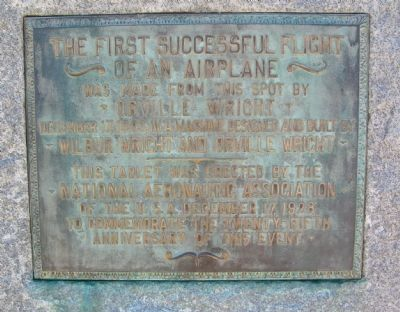 The First Successful Flight of an Airplane Marker image. Click for full size.