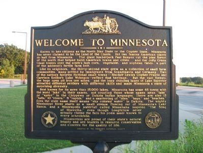 Welcome to Minnesota Marker <i>(north side)</i> Photo, Click for full size