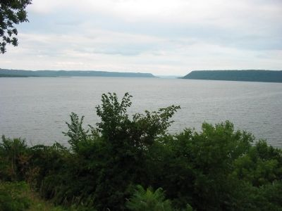 Lake Pepin Photo, Click for full size
