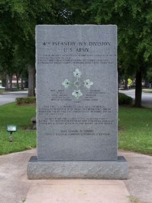 4th Infantry ( Ivy ) Division Marker, East face image. Click for full size.