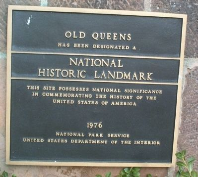 Queen�s College Marker image. Click for full size.