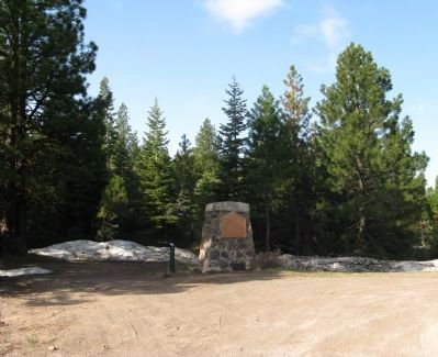 The Applegate-Lassen Trail Marker Photo, Click for full size