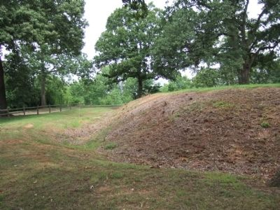 Surviving Redoubt of Fort Walker image. Click for full size.