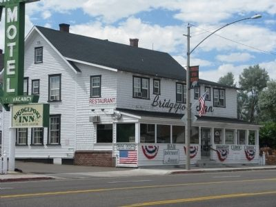 Bridgeport Inn Photo, Click for full size