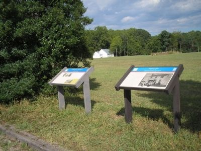 Markers on Yorktown Road Photo, Click for full size