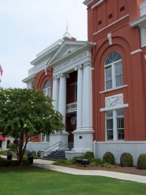 Bulloch County Courthouse and Marker image. Click for full size.