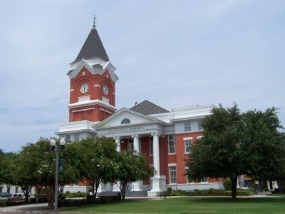 Bulloch County Courthouse at Statesboro image. Click for full size.