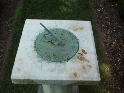 Colonial Revival Garden Sundial image. Click for full size.