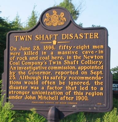 Twin Shaft Disaster Marker Photo, Click for full size