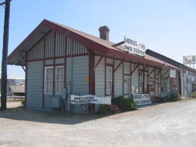 Depot Building image. Click for full size.