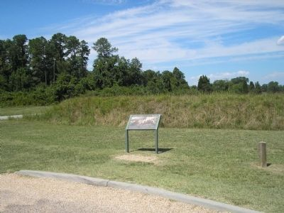 Marker on the Yorktown Battlefield image. Click for full size.