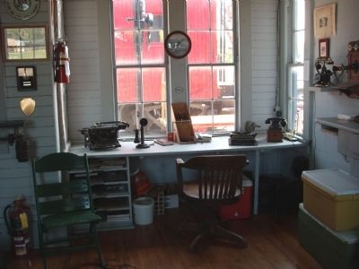 Station Master Desk Photo, Click for full size