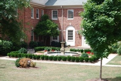 First Presbyterian Church Garden image. Click for full size.