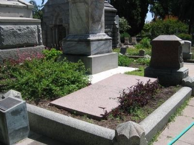 General George Wright Gravesite image. Click for full size.
