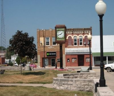 Clinton Town Clock at  War Memorial image. Click for full size.