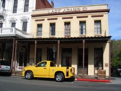 Lady Adams Building image. Click for full size.