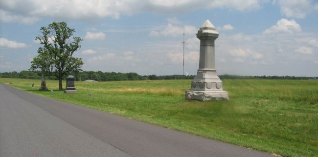 82nd Ohio Volunteer Infantry Regiment Monument image. Click for full size.