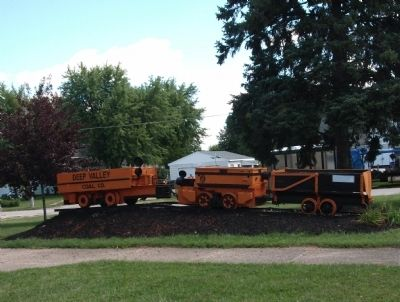 Side View - - Coal Mine Service Train image. Click for full size.