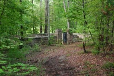 Badwell Cemetery - Entrance Photo, Click for full size