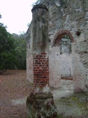 Chapel of Ease Pillar Photo, Click for full size