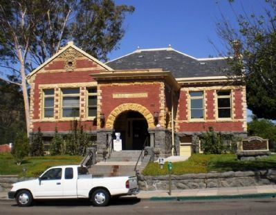 Carnegie City Library - Front View Photo, Click for full size