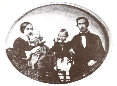 The Whaley Family image. Click for full size.
