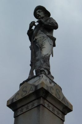 Statue Topping Stewart County CSA Soldiers Monument image. Click for full size.