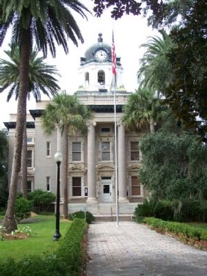 Glynn County Court House image. Click for full size.