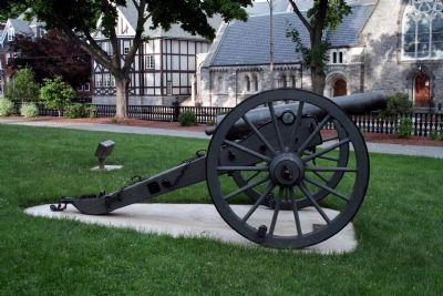 Fitchburg Civil War Memorial Cannon image. Click for full size.