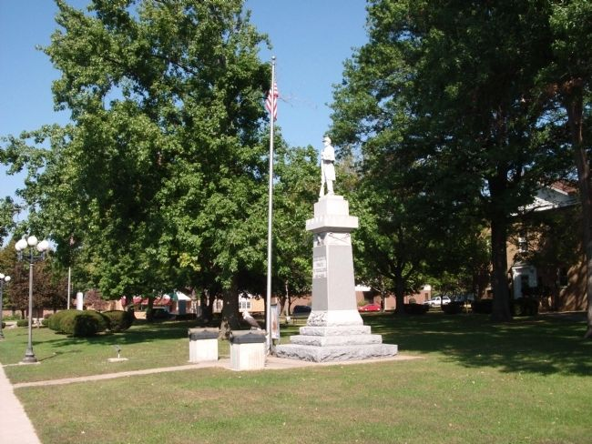 Full View - - Mason County's Tribute to the Soldiers 1861 - 1865 Marker image. Click for full size.