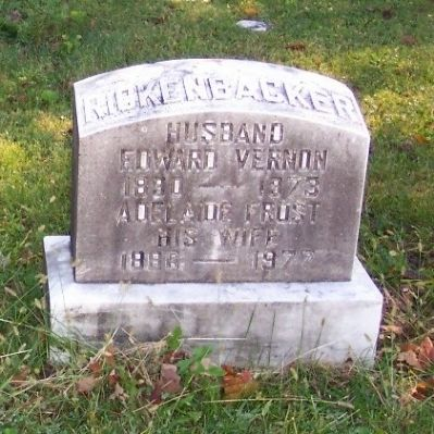 Captain Eddie Rickenbacker Headstone image. Click for full size.
