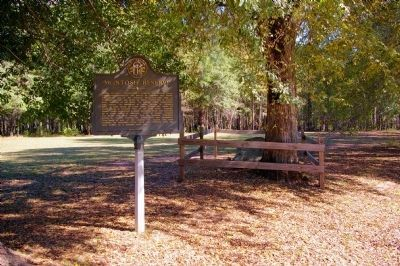 McIntosh Reserve Marker and Grave Site image. Click for full size.