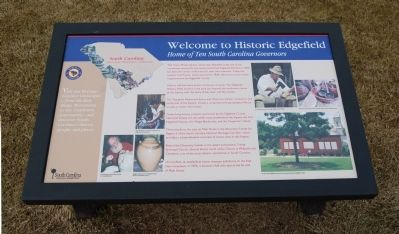 Welcome to Historic Edgefield Marker image. Click for full size.