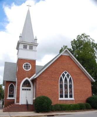 Edgefield United Methodist Church -<br>Southeast View image. Click for full size.