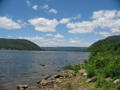Susquehanna River at Fort Hunter image. Click for full size.