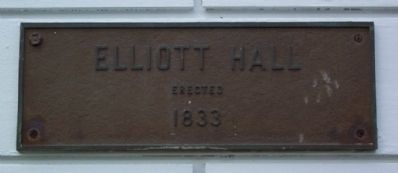 Elliott Hall Marker (on building) image. Click for full size.