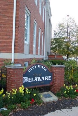 City Hall sign, honoring Delaware City Employees image. Click for full size.
