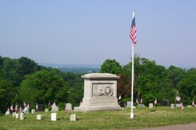 Civil War Union Soldiers Memorial at G.A.R. Circle image. Click for full size.