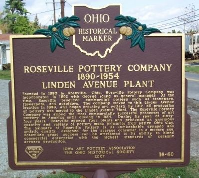 Roseville Pottery Company Marker image. Click for full size.