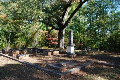 Old Pickens Church Cemetery image. Click for full size.