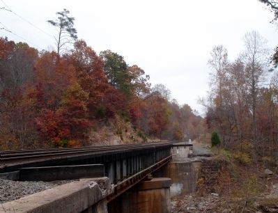 Abutment of the Bull Run Railroad Bridge Photo, Click for full size