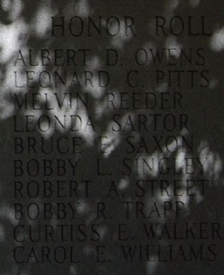 Vietnam War Marker - Right Honor Roll image. Click for full size.
