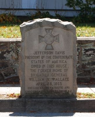 Jefferson Davis Dined in This House Marker image. Click for full size.