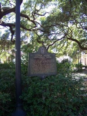 Comer House Marker, at Monterey Square image. Click for full size.