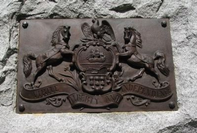 Pennsylvania Crest on Front of Monument image. Click for full size.