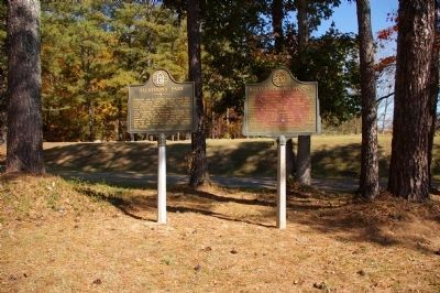Battle of Allatoona and Allatoona Pass Markers image. Click for full size.