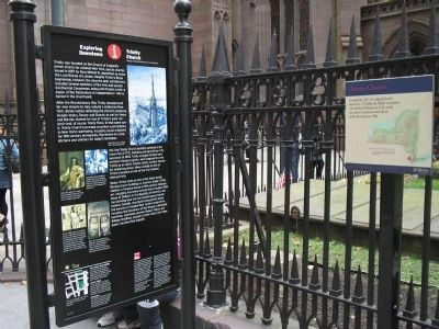 Markers at Trinity Church image. Click for full size.